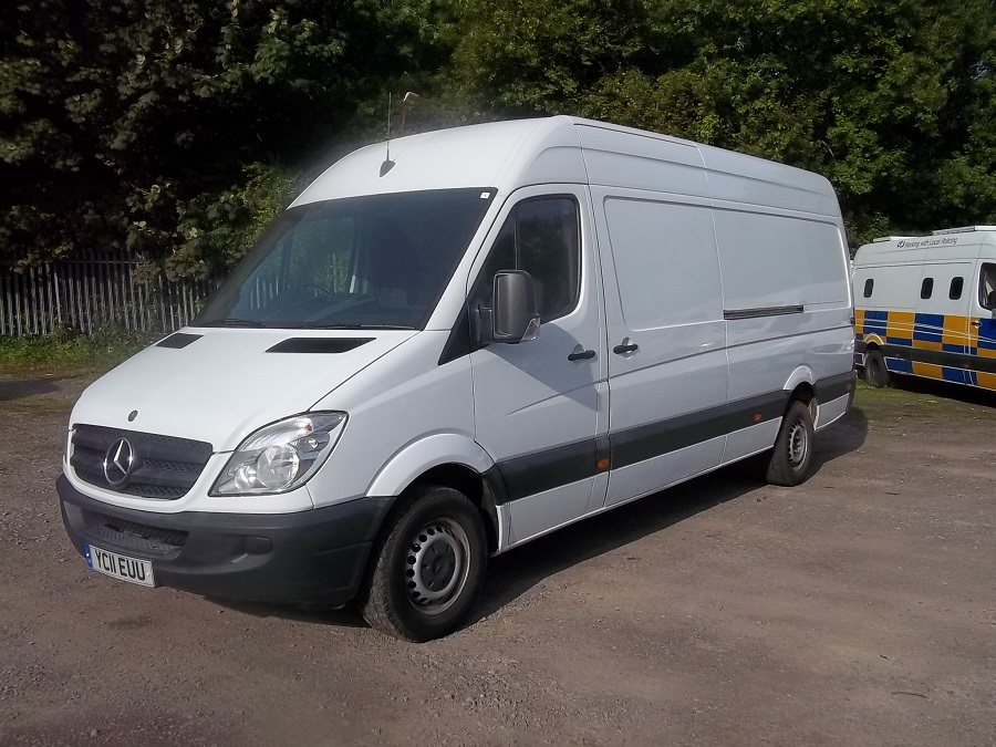Mercedes benz vans sprinter 2011 commercial motor for Mercedes benz commercial