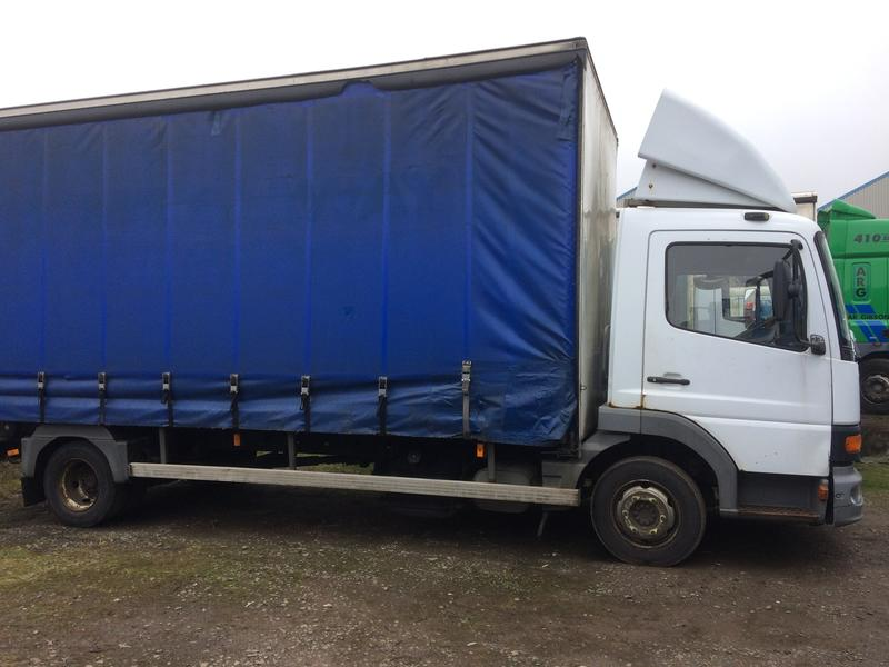 2001 Mercedes Atego 7.5t curtainside