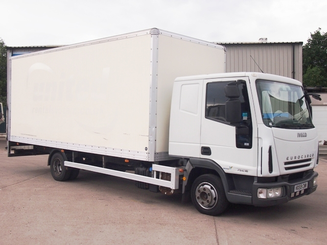 2009,59 reg Iveco EuroCargo 75 E16 Sleeper 20 Foot 6ins Box c/w Taillift