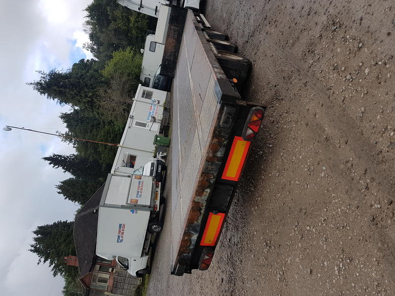 2012 Don Bur tri-axle step frame Flatbed