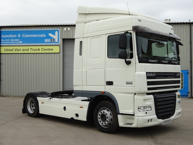 2009,59 reg Daf FT XF105.410 Spacecab 4x2 LOW HEIGHT Tractor Unit