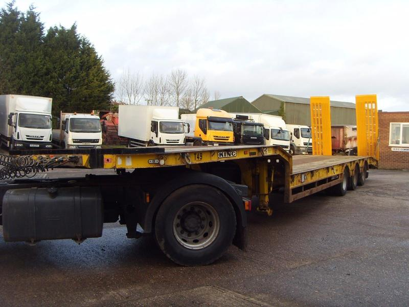 King - GTS38 - 2006 Low Loader Plant Trailer