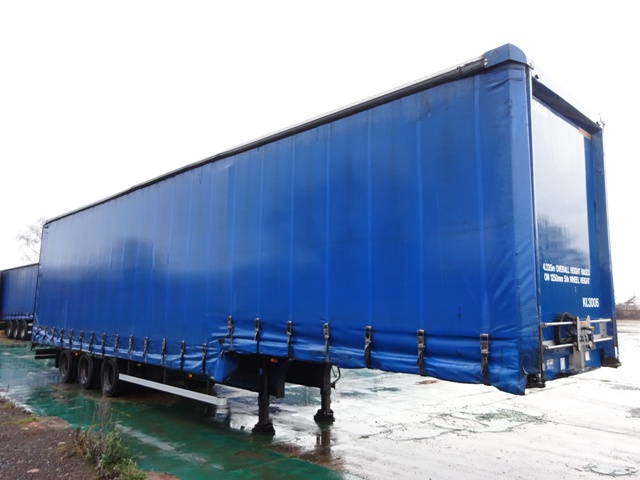 2005 Lawrence David 13.7m Triaxle Pillarless Curtainside Trailer