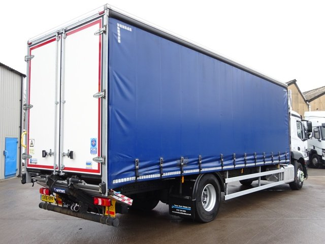2016,16 reg Mercedes-Benz Actros 1824LS 27 Foot 1ins Curtain c/w Taillift