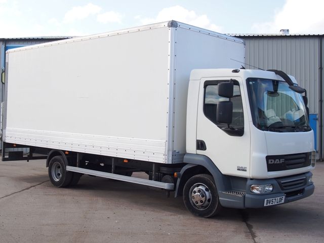 2007,57 reg Daf FA LF45.160 20 Foot 6ins Box c/w Taillift
