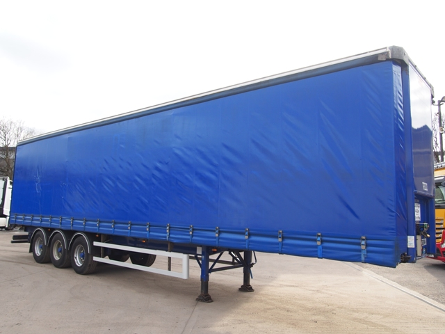 2011 SDC 13.6m Triaxle Curtainside Trailer