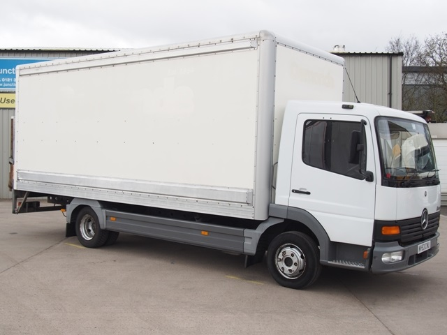 2003,53 reg Mercedes-Benz Atego 815 20 foot Box c/w Taillift