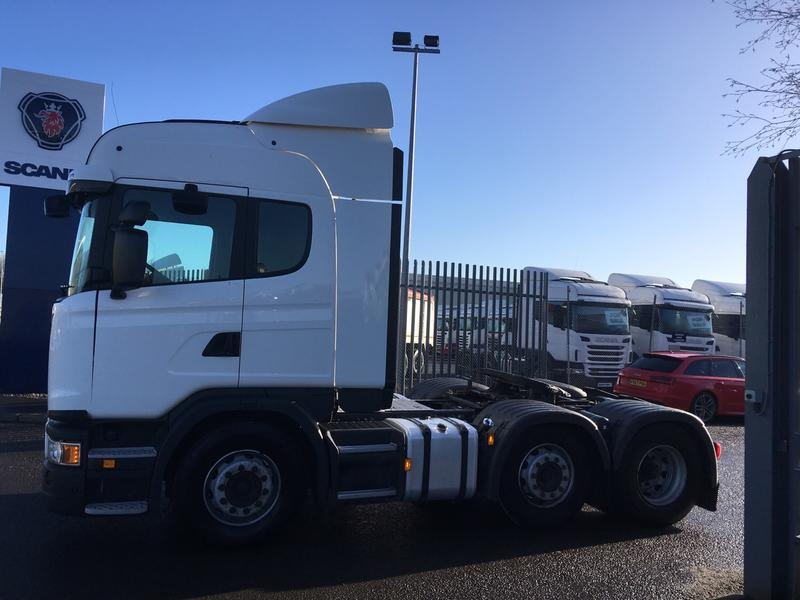 2014 Scania G Series 410HP 6x2/2 High Roof Sleeper