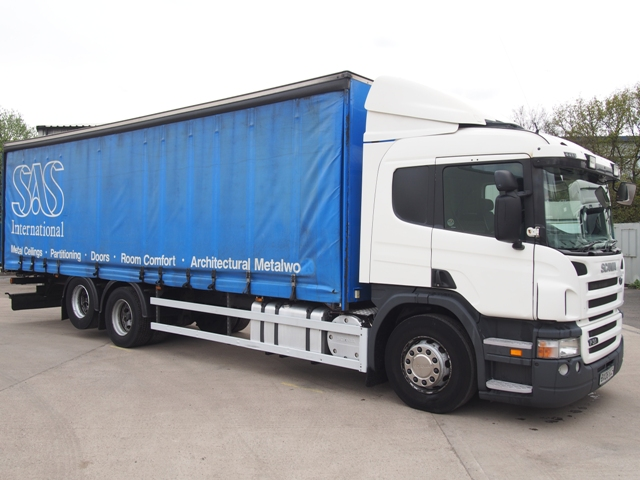 2008,08 reg Scania P310 Sleeper 29 Foot 6ins Curtain