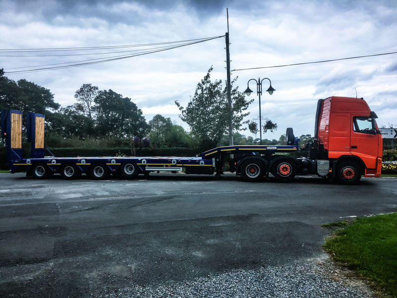 9FT WIDE EXTENDIBLE LOWLOADER – BLUE