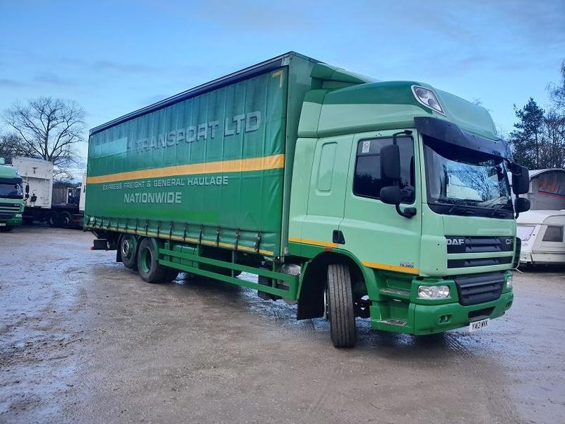 2013 DAF CF 75.360 6x2 Rear Lift curtainside s/n - 1121