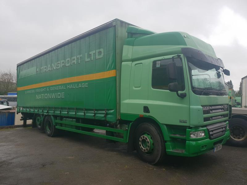 2011 DAF CF 75.360 6x2 Rear Lift Curtainside s/n -1124