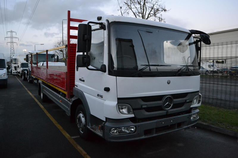 Mercedes-Benz Trucks - Atego - 2011