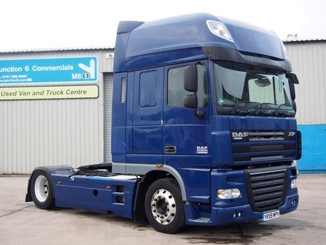 2009,59 reg DAF FT XF105.460 SuperSpace 4x2 Low Height Tractor Unit