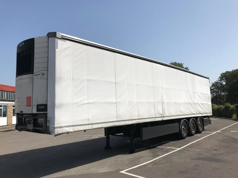 Lawrence David - Refrigerated Curtainside - 2013