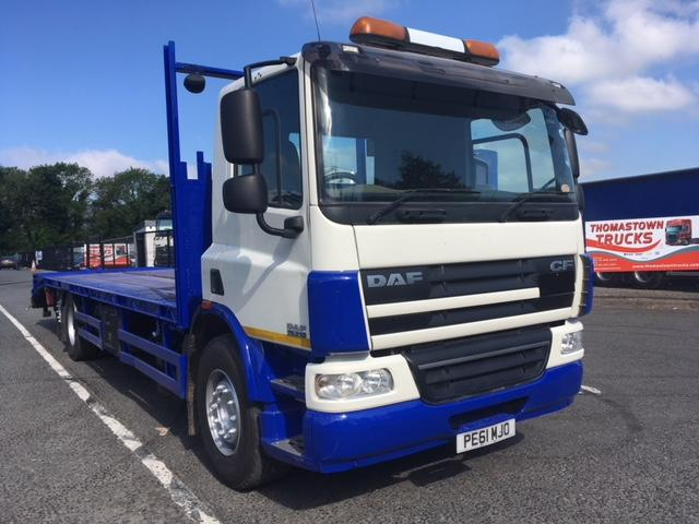 2012 DAF CF75-310 DAYCAB  6X2 32FT PPS CHEESEWEDGE BODY,