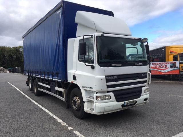 06 DAF DAYCAB CF75-310 6X2 CURTAINSIDER WITH MOFFET MONTY BRACKETS
