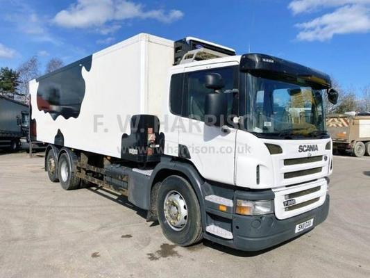 2096 SCANIA P280 FRIDGE