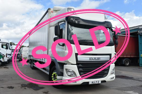 DAF CF 250 18T Curtainside with Tail Lift AUM