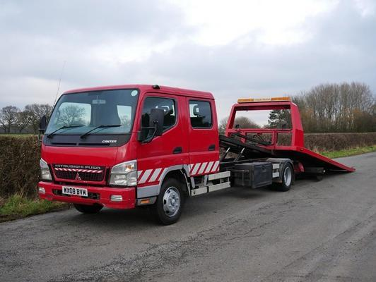 Mitsubishi Canter 7C15 4 X 2 Tilt & Slide Recovery Truck (WX08BV)