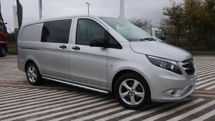 Mercedes-Benz Vito 119 Sport Crew Van Long
