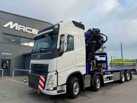 Volvo (2021) FH500 8×2 F820RA.2.28/ L214 Fly Flatbed