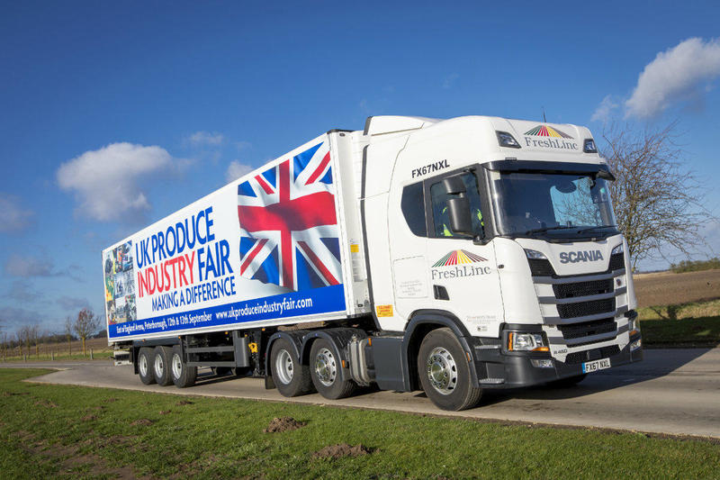 Trailers Plus Peterborough >> Schmitz Cargobull Trailers With Carrier Transicold Units For