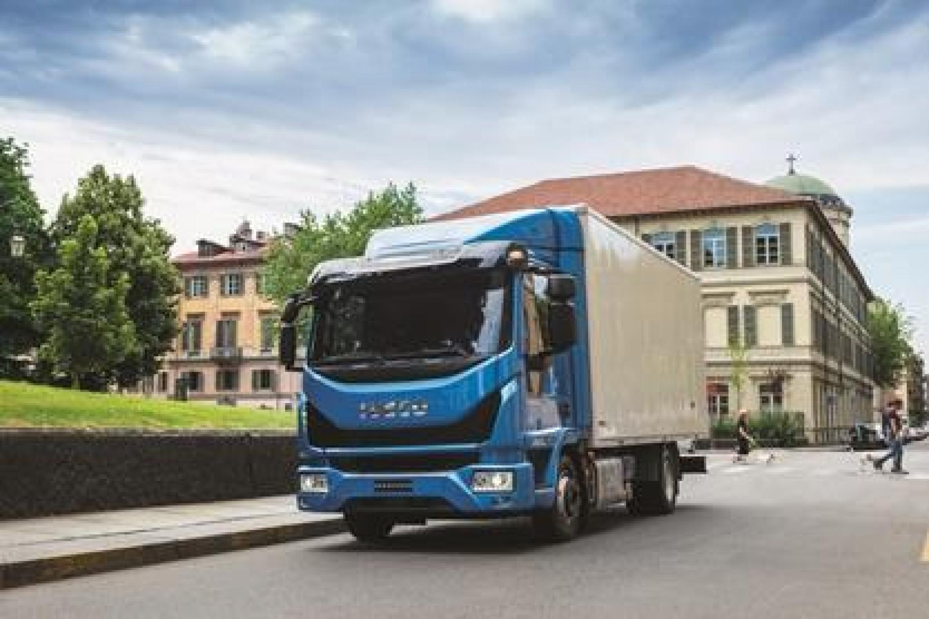 Iveco Eurocargo Crowned International Truck Of The Year 2016 Commercial Motor