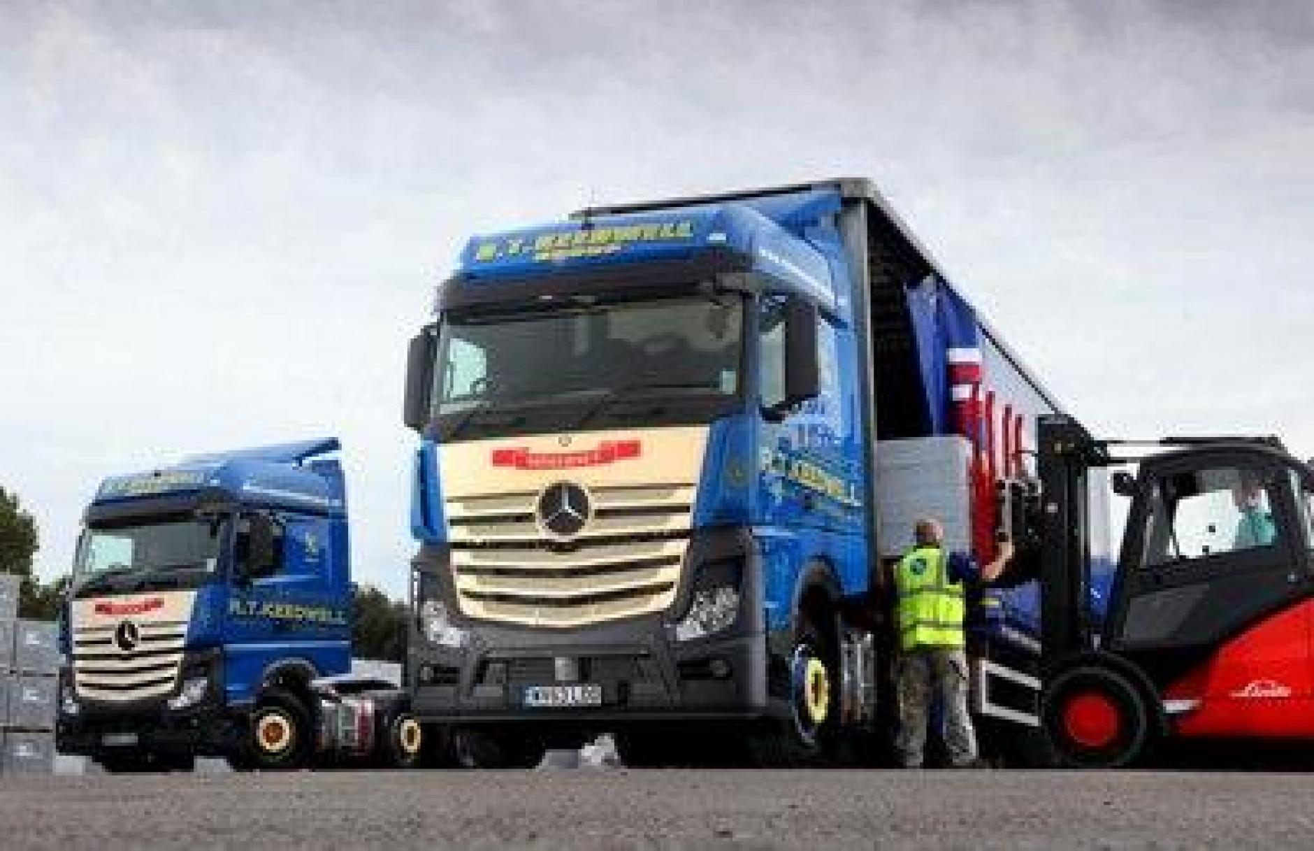 13fed90aff9 RT Keedwell snaps up Welsh haulier RJ Jones