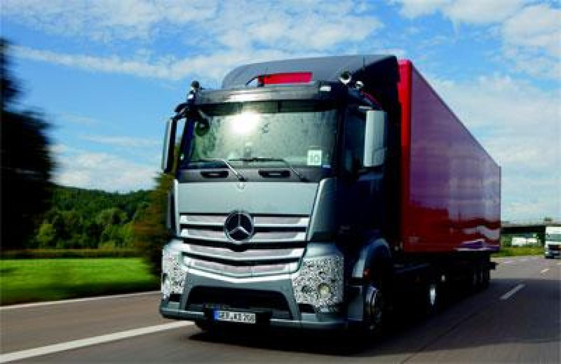 Mercedes benz confirms truck line up for commercial motor for Commercial motor used trucks