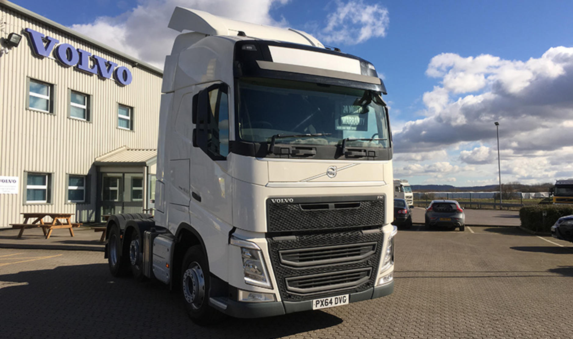 commercial motor s used truck of the week 2014 volvo fh4