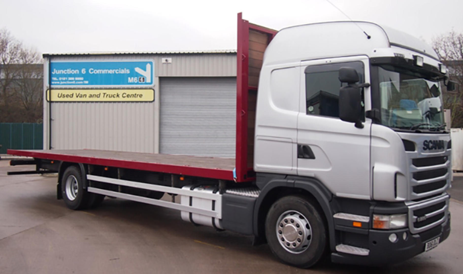 Commercial motor s used truck of the week 2012 scania for Commercial motor used trucks