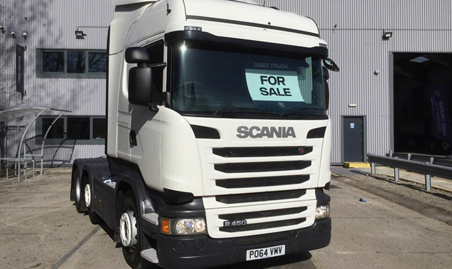 Commercial motor s truck of the week scania r450 with for Commercial motor used trucks