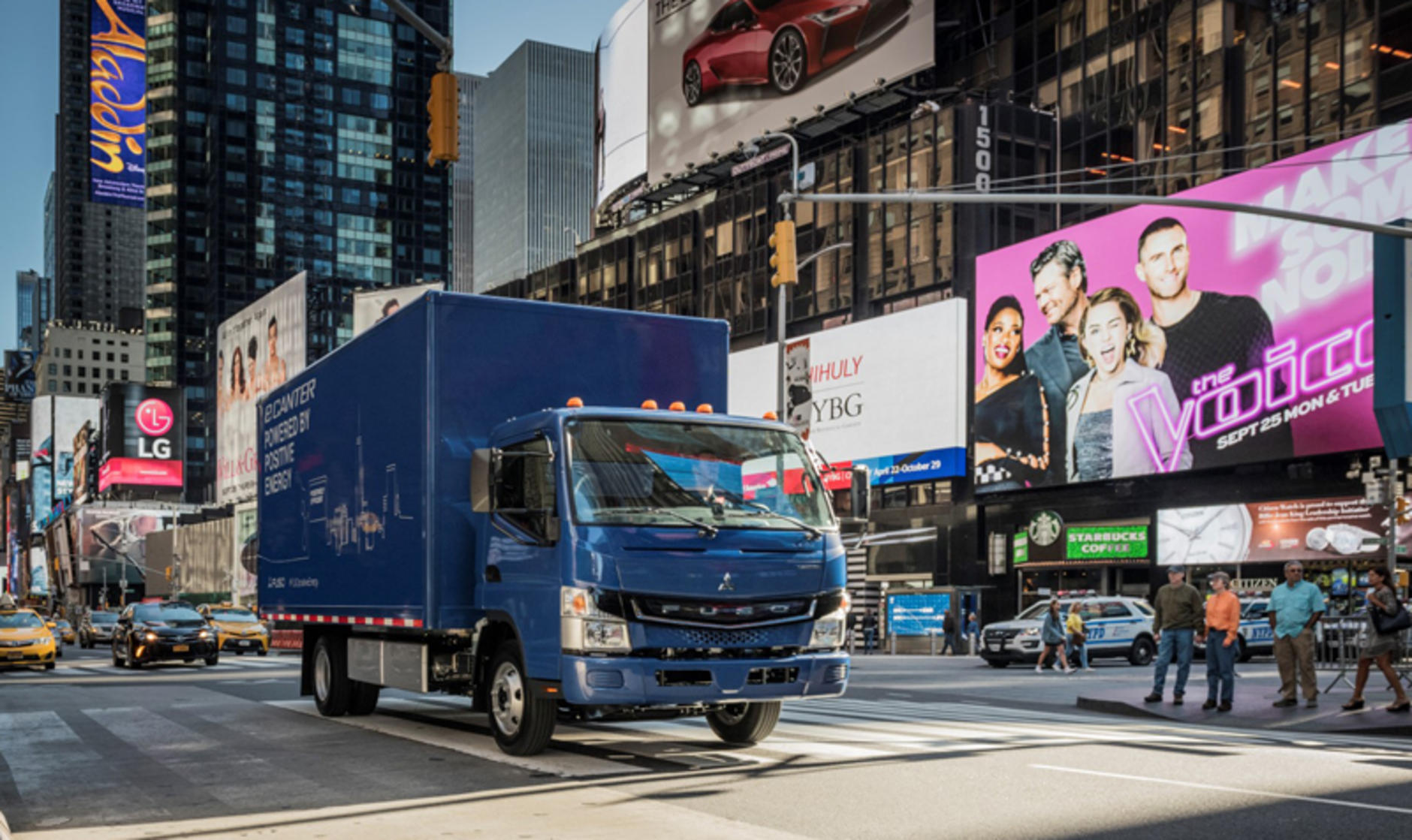 Daimler delivers electric truck to first U.S. commercial customer