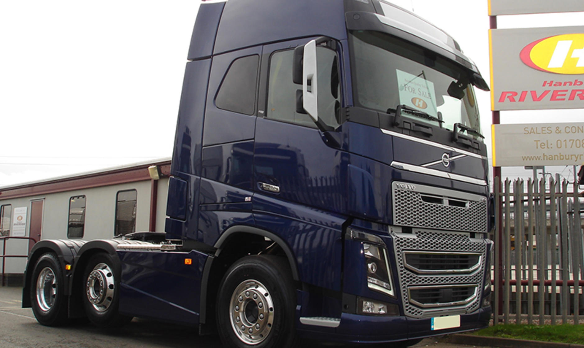 Commercial motor s used truck of the week a volvo fh16 for Commercial motor used trucks