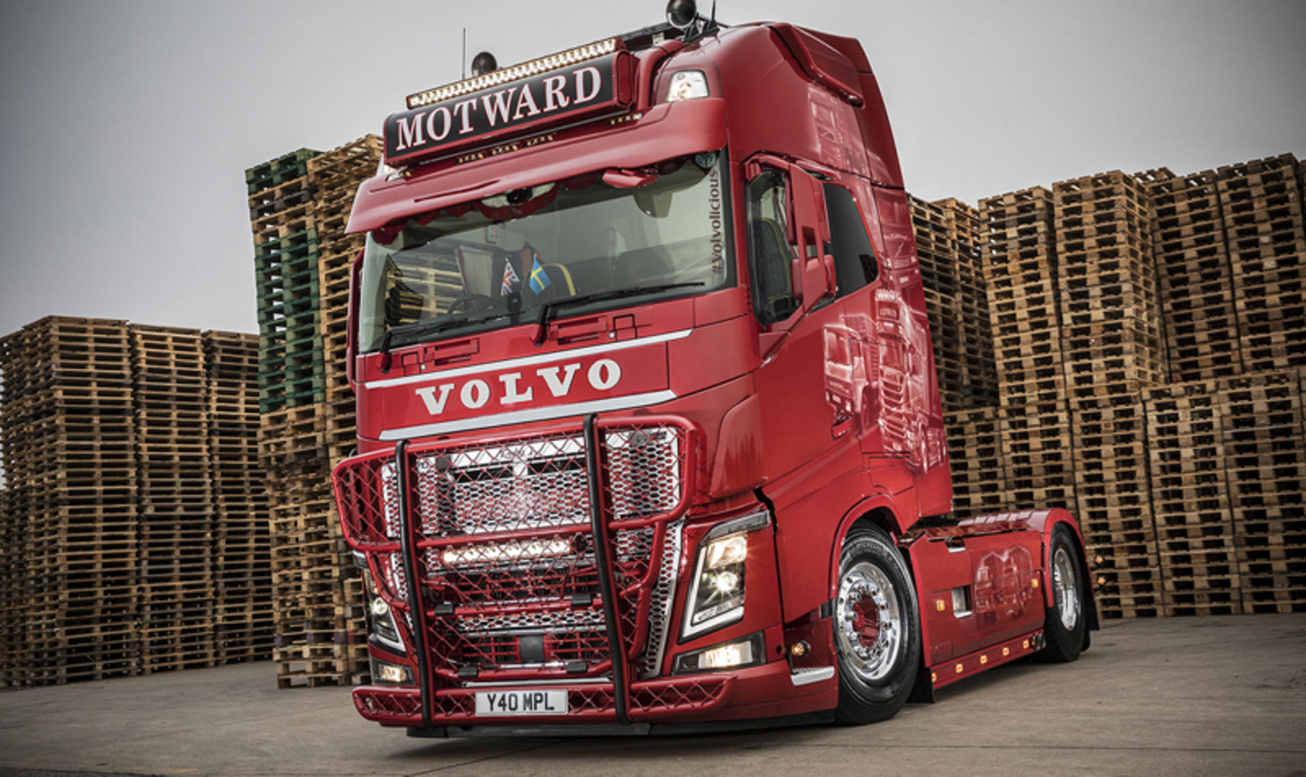 Volvo Truck Dealer >> New Volvo Truck And Bus Centre London Dealer Point For Banbury