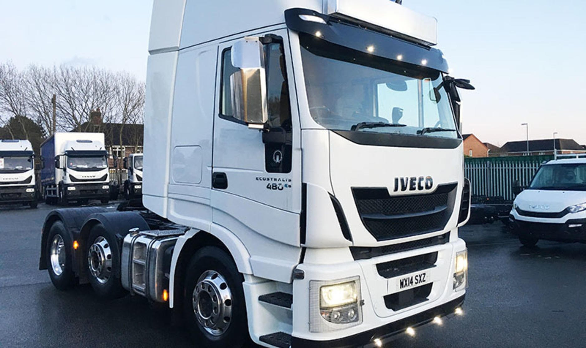 2014 iveco stralis hi way 6x2 commercial motor s used for Commercial motor used trucks