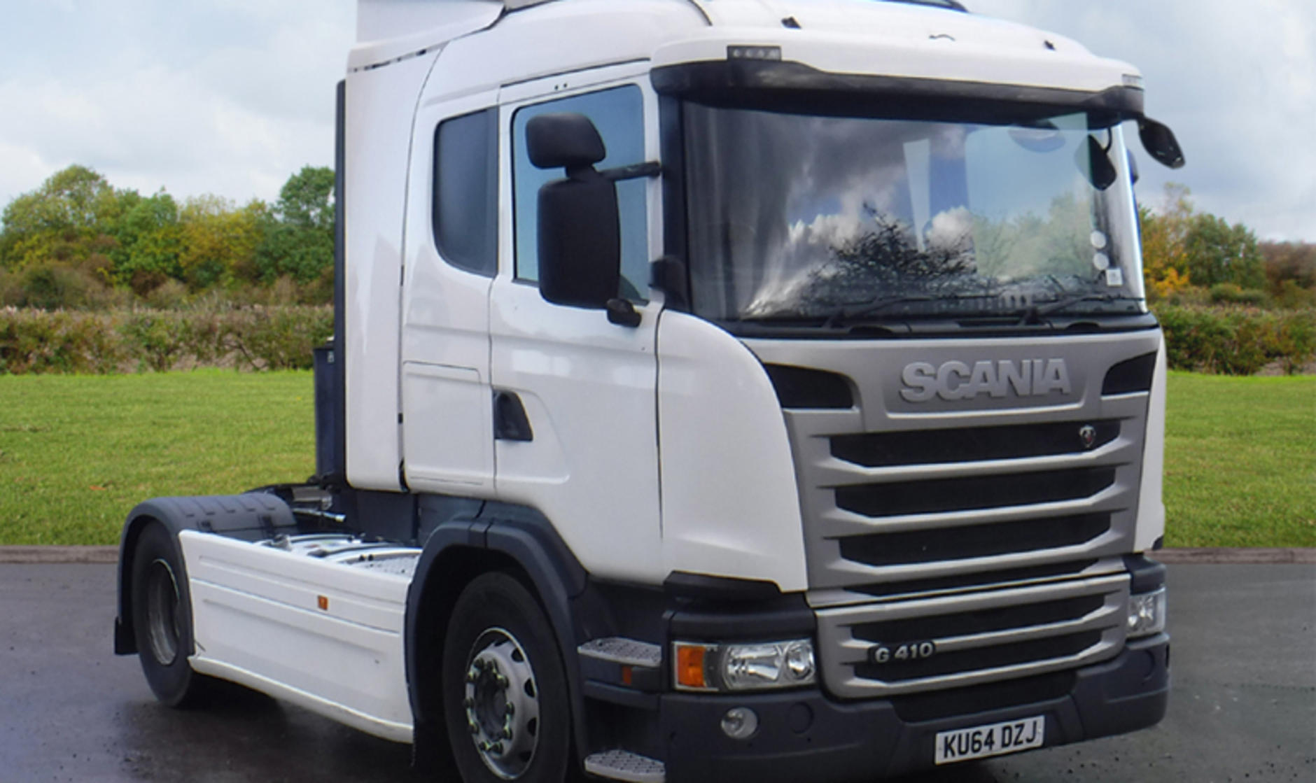 2014 scania g410 4x2 tractor unit with sleeper cab for Commercial motor used trucks