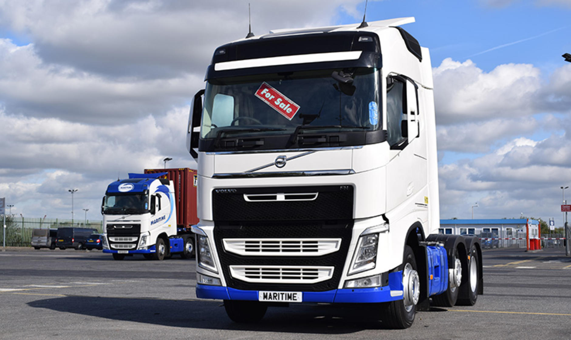 duty sale end on year volvo wheeler heavy photo specials used for truck pricing sales the of semi trucks special