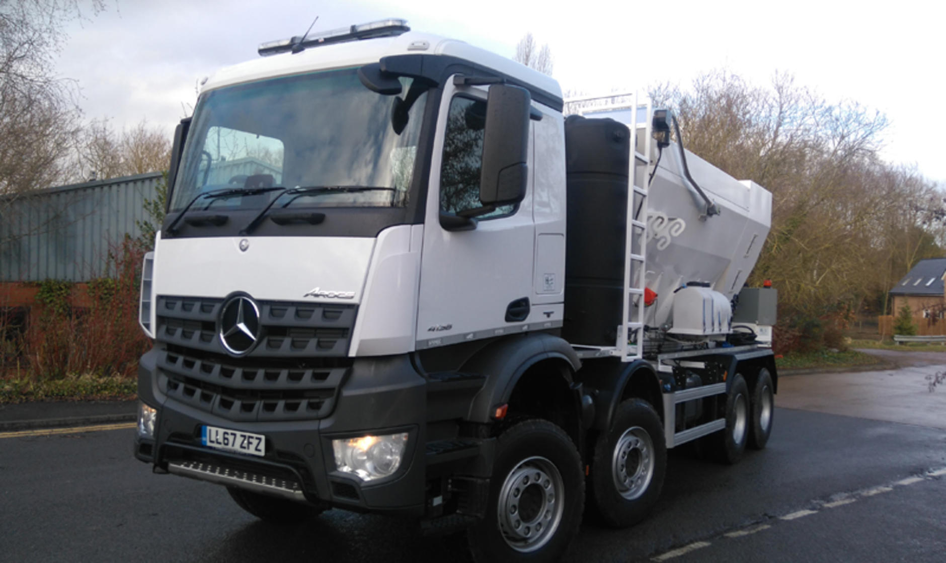2018 mercedes benz arocs 8x4 with volumetric mixer for Mercedes benz commercial trucks