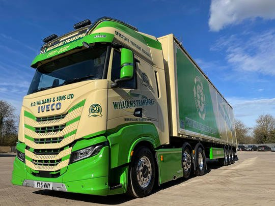 Iveco Guest S-WAY Williams