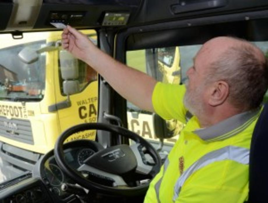 Photo of driver using his tachograph