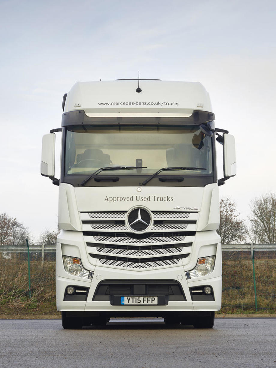 used truck hgv reviews commercial vehicle buyers guides commercial motor. Black Bedroom Furniture Sets. Home Design Ideas