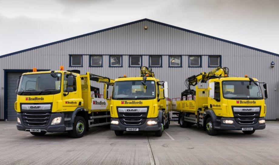 Bradfords Building Supplies has taken delivery of four DAFs, supplied by Ryder, comprising one 26-tonne CF340 6x2 and three LF 4x2s ranging from 12-tonne to 18-tonne.