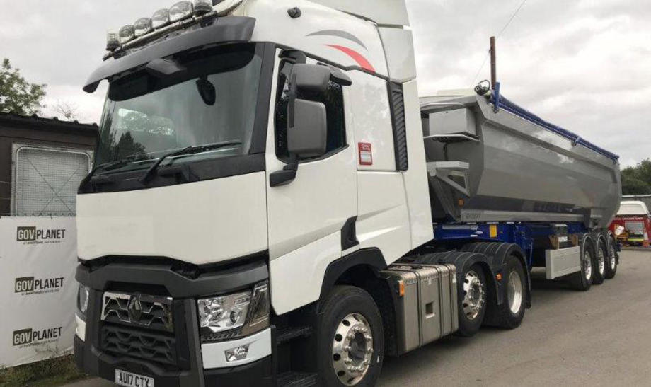 17-plate Euro-6 Renault T480 6x2 tractor unit and 2017 Fruehauf tipping trailer