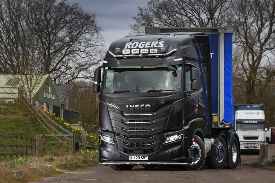 IVECO S-WAY Rogers