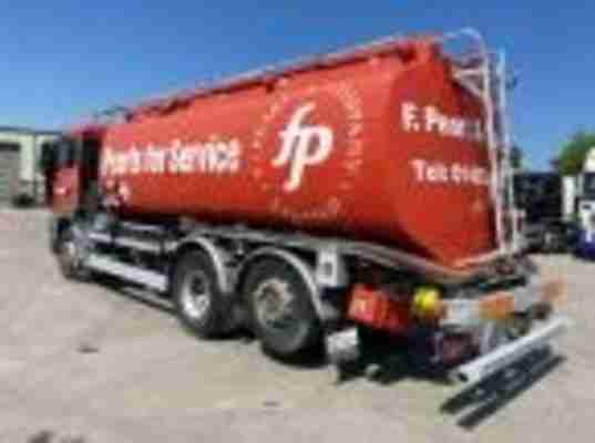 2134 MAN TGS 26 320 FUEL TANKER