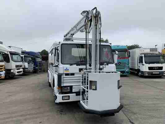 1994 Scania P113M320 Aviation De-Icer / Water Canon 6x2