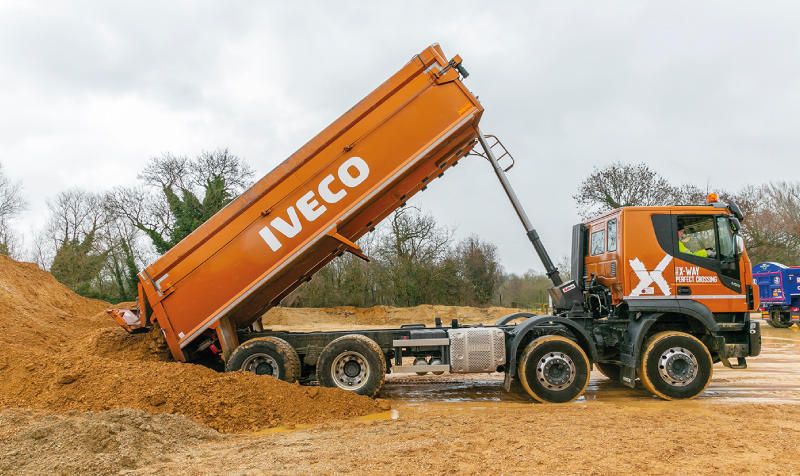 IVECO Stralis X-Way AT340 - Tipper truck review | Commercial